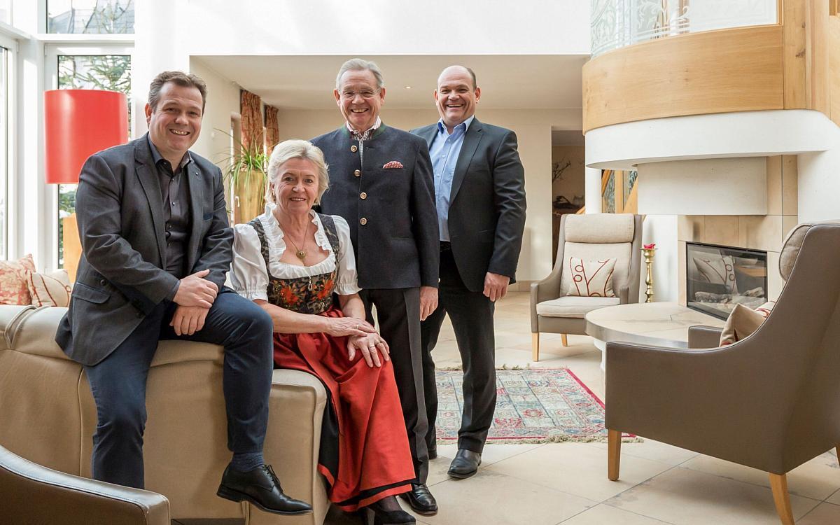 romantik und wellnesshotel deimann schmallenberg winkhausen nordrhein westfalen. Black Bedroom Furniture Sets. Home Design Ideas