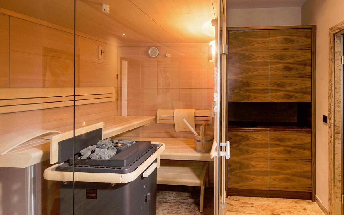 Einrichtung im g bel s schlosshotel prinz von hessen for Hotel mit whirlpool im zimmer hessen